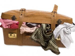 como-arrumar-mala-de-viagem-e-necessaire-300x225 Arrumar a mala de viagem - 15 Segredos que vão mudar sua necessaire
