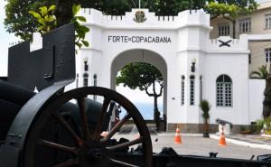 o-que-fazer-no-rio-de-janeiro-forte-de-copacabana-300x185 O que fazer no Rio de Janeiro (50 Dicas + Roteiro)