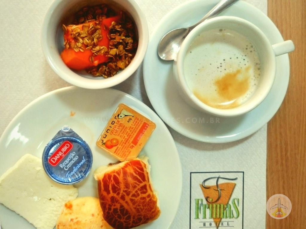 onde-se-hospedar-em-belo-horizonte-frimas-pampulha-café-da-manhã Onde se Hospedar em Belo Horizonte (Dicas por bairro!)