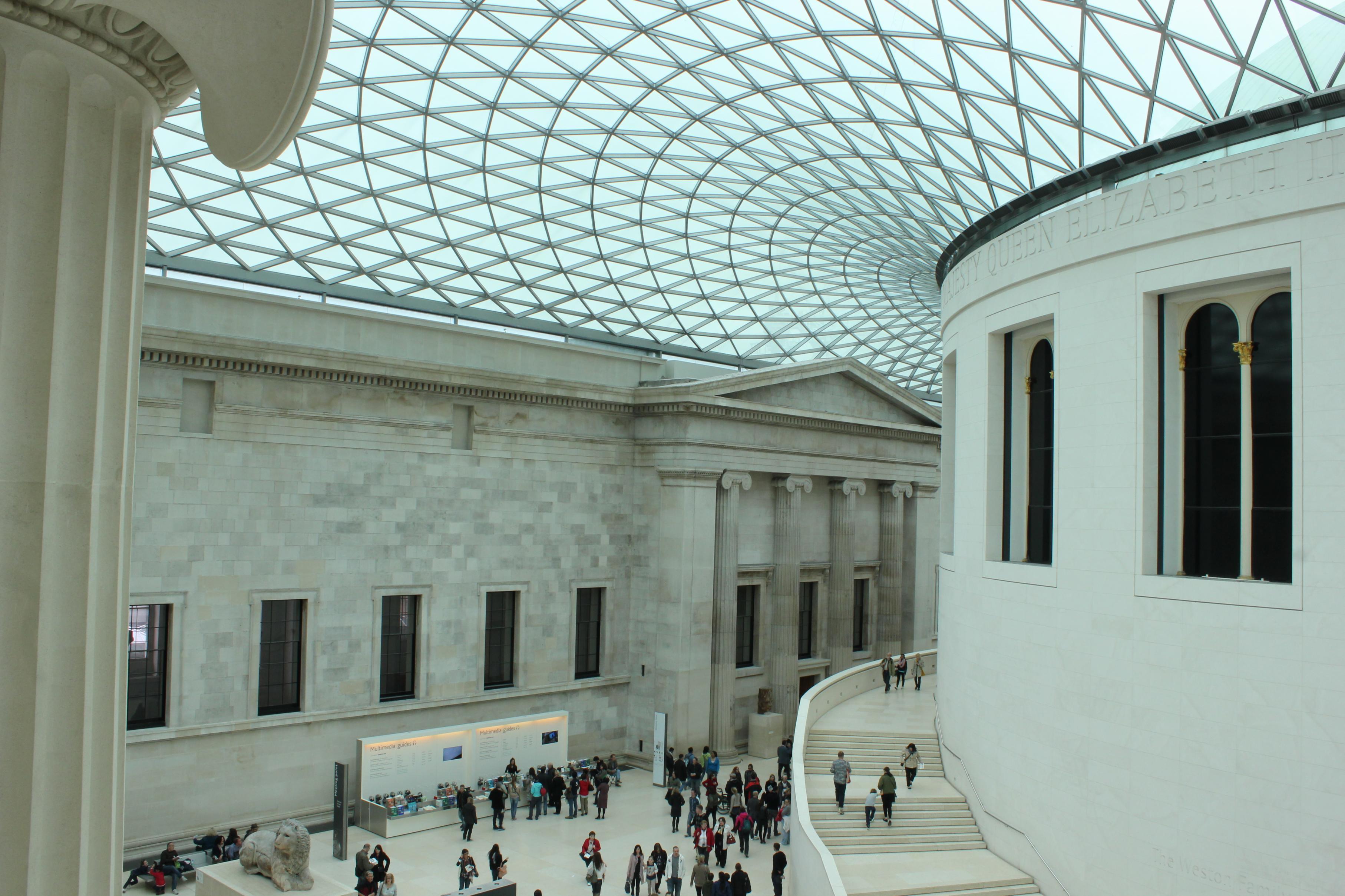 Cenários-e-Museu-de-Sherlock-Holmes-em-Londres-BRITISH-MUSEUM Cenários e Museu de Sherlock Holmes em Londres