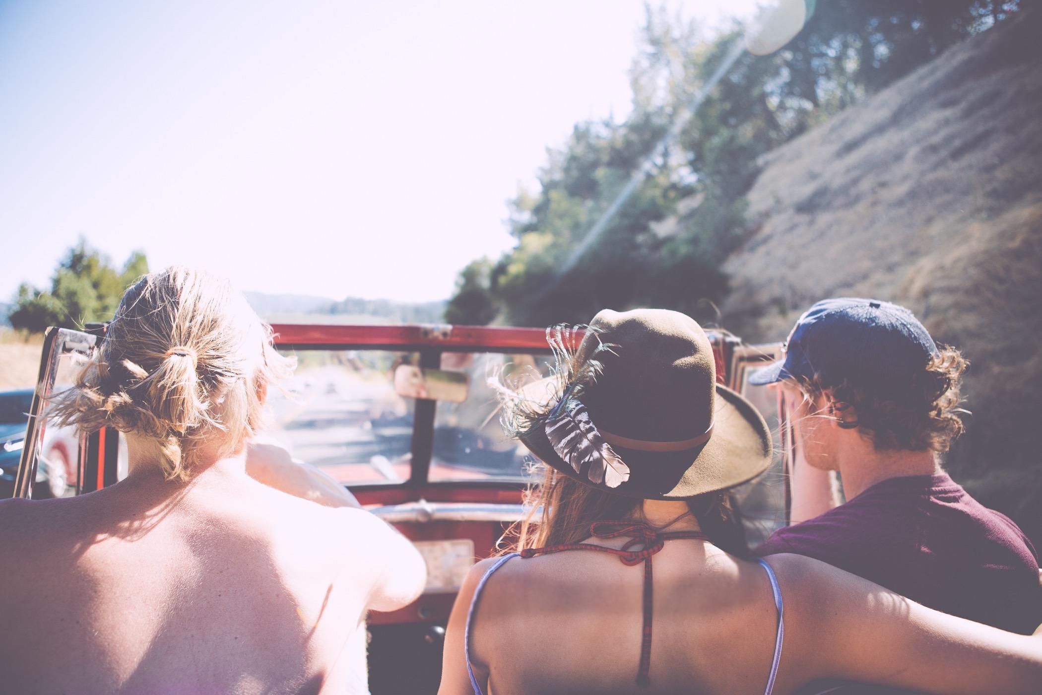Não-quero-viajar-sozinho-onde-achar-companhia-fazer-amigos Não quero viajar sozinho onde achar companhia? (10 sites!)