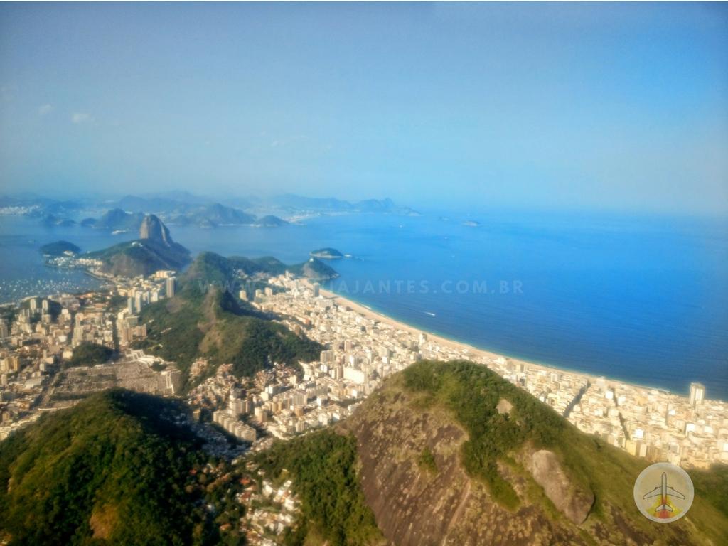 passeio-de-helicóptero-no-Rio-de-Janeiro-cristo-redentor Fiz o passeio de Helicóptero no Rio de Janeiro (o melhor!)