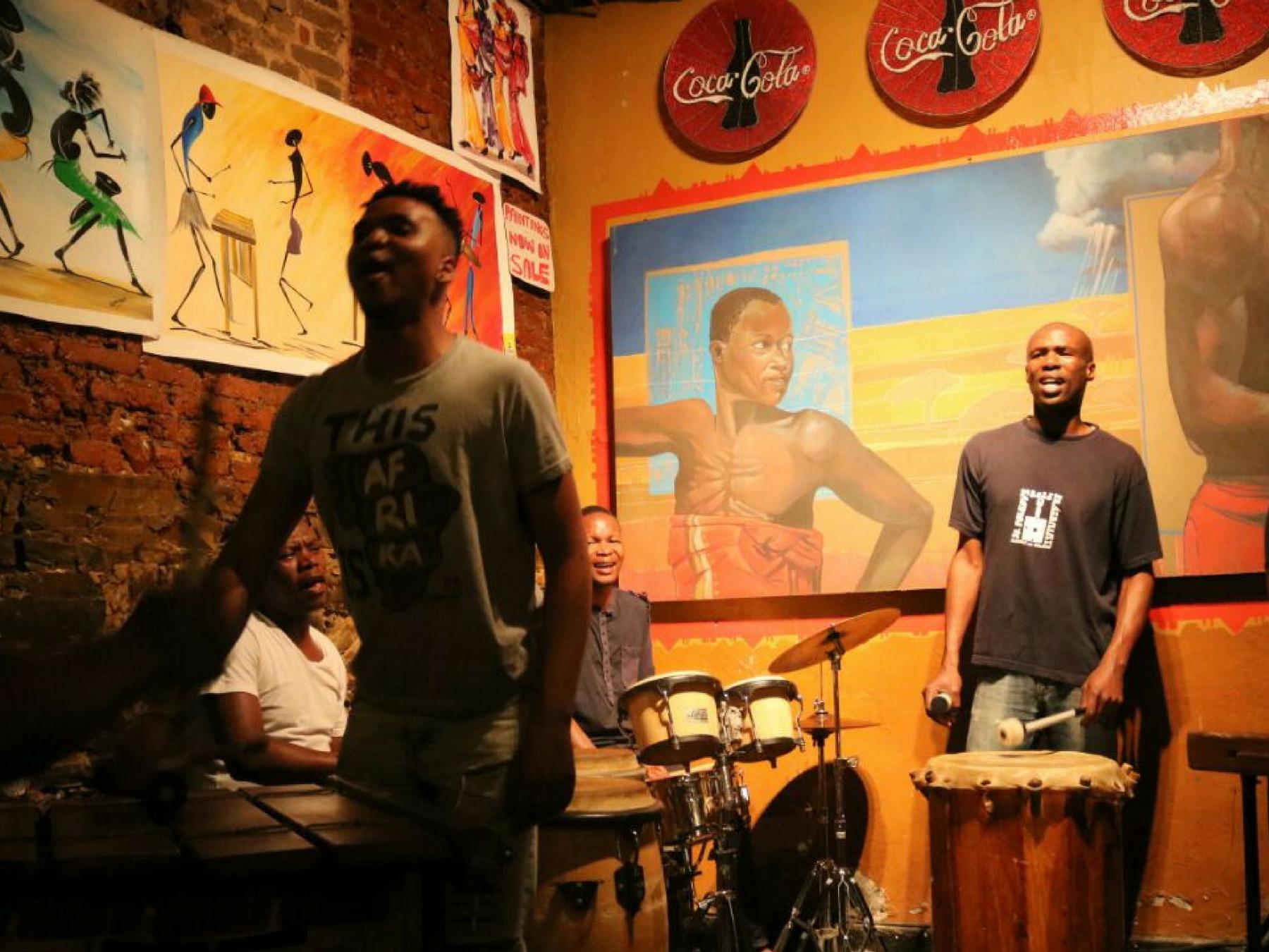 Roteiro-Cidade-do-Cabo-4-a-7-dias-mama-africa-3 Roteiro Cidade do Cabo 4 a 7 dias (Sensacional)!