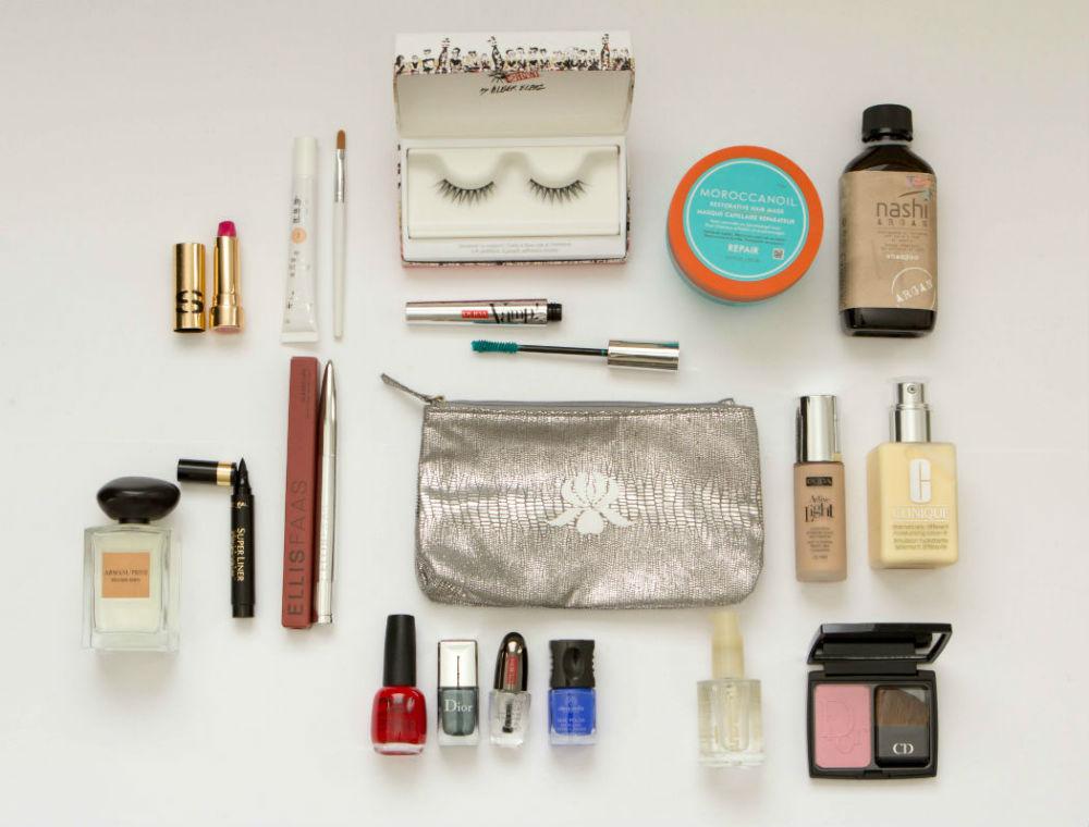 Dicas-para-economizar-espaço-na-necessaire-de-maquiagem 7 Dicas para economizar espaço na necessaire de maquiagem de viagem