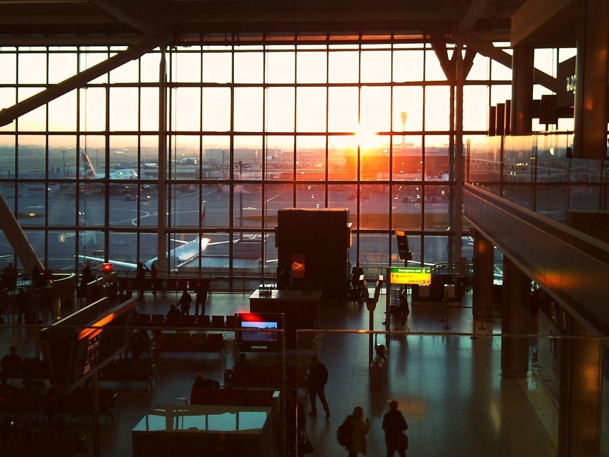 perrengue-de-viagem-aeroporto-de-londres Meu perrengue de viagem e 7 dicas para evitá-los