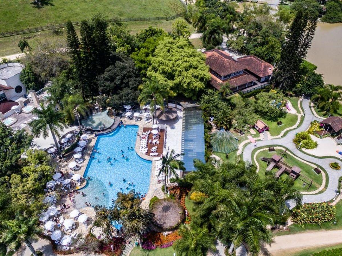 hotel-fazenda-familia-perto-de-curitiba-piscina-cavalos Top 10: Hotel fazenda família perto de Curitiba